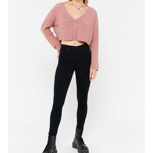 flattering high waisted black jeans